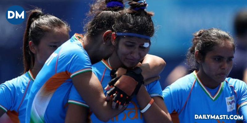 Tokyo 2020: Shah Rukh Khan, Rakul Preet Singh back Indian women's hockey team for their inspirational fight