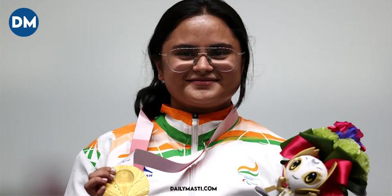 Avani Lekhara becomes first Indian woman to win gold medal, sets new record at Tokyo Paralympics