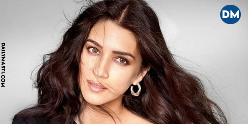 Kriti Sanon opens her Account on Koo; gets more than 20K followers in just a week